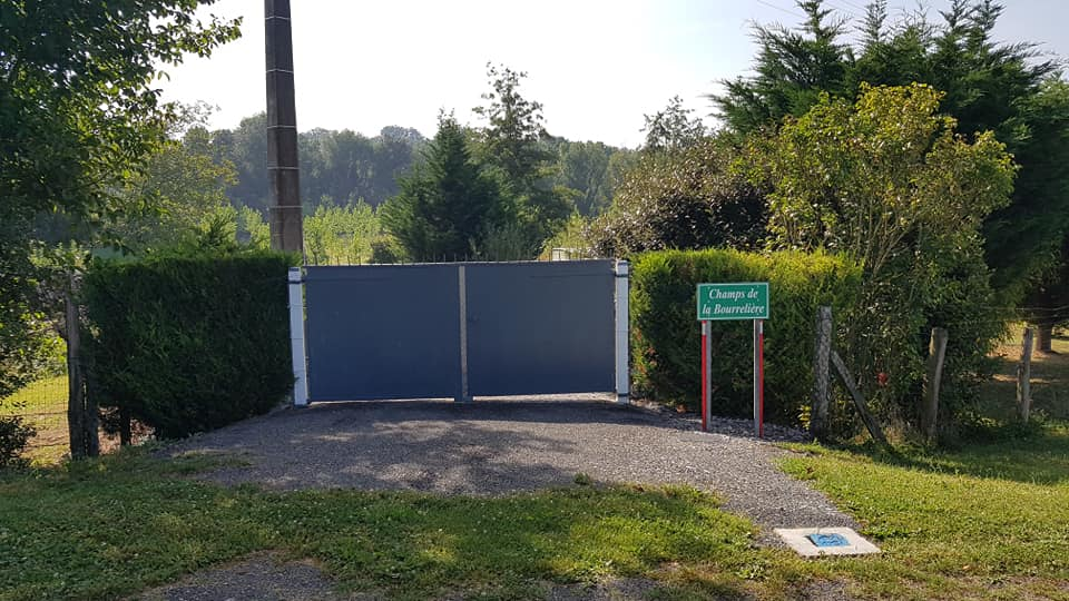 Aire camping-car à Dissé-sous-le-Lude (72800) - Photo 2